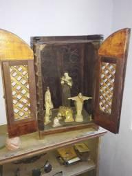 Oratorio ou armario para taças
