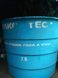 Caixa d?água de fibra de vidro 7.500 litros