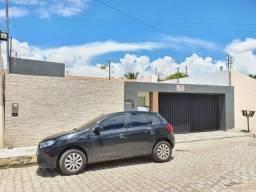 Casa 3 quartos no bairro Cajueiro
