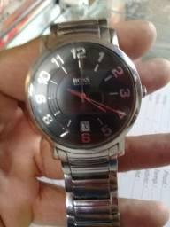 Relógio em aço Hugo boss 250