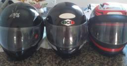 Vendo 3 capacetes semi novos