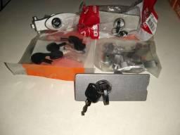 Vendemos; Conj completo de fechadura para/ Motor de portão de garagem com instalação