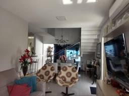 PA - Linda Casa Duplex em Condomínio / Ótima Localização