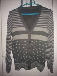 Casaco de lã acrílica $15,00
