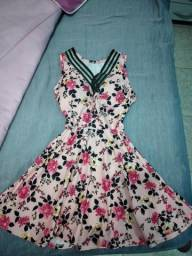 Vestido floral M