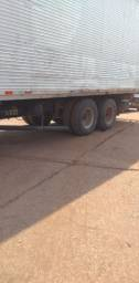 Caminhão Baú Trucado 1113