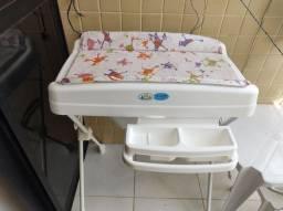 Banheira e trocador infantil