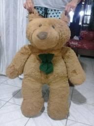 Urso gigante, compre um e leve dois