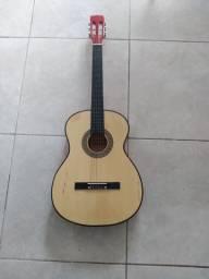 Vendo violão de nylon muito novo