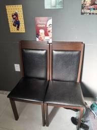 Título do anúncio: 4 cadeiras e o topo da mesa sem vidro.