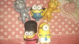 Título do anúncio: Brinquedos/bonecos miniaturas mc donalds