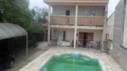 Casa com piscina à venda com 300 m² - 7342 LC
