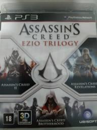 Vendo Assassin's Creed Trilogy