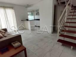 Apartamento Duplex com 2x dorms em Moema para locação, prox a Av. Ibirapuera