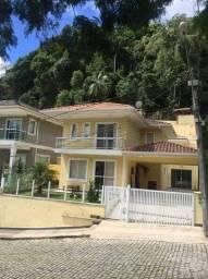 Título do anúncio: Casa de condomínio para venda tem 254 metros quadrados com 3 quartos em Tijuca - Teresópol