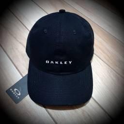 Bonés Oakley Refletivo R$40