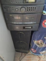 Rádio toca disco, relíquia.