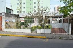 Título do anúncio: Casa 3 dormitórios , patio , garagem , financiável, na Silva Jardim .