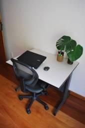 Escrivaninha estilo industrial branca