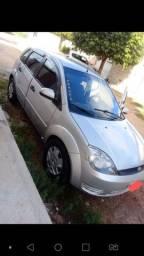 Vende-se Ford Fiesta 2003