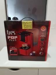 Máquina de café Três Corações , R$ 180,00