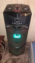 System LG 1650 watts RMS 02 USB/CD/Bluetooh?auxiliar/02 microfones