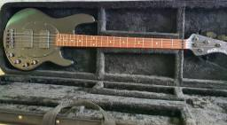 Music Man StingRay 4 HH Preto Fosco