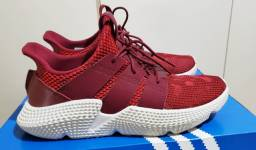 Tênis Adidas tamanho 43