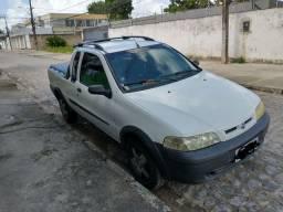 Strada cabine estendida 1.5 8V 2002 toda revisada. R$ 17 mil