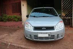 Fiesta sedan 1.0 2009/10 completo - 2010