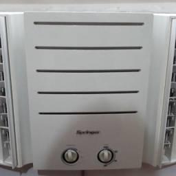 Ar condicionado Springer de gaveta 7500 btus/h