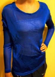 Blusa azul tam G