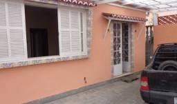 Casa Bairro Castrioto 2 quartos e garagem para 2 carros