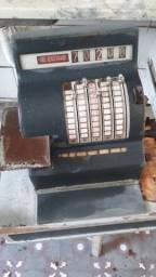 Registradora de caixa antiga
