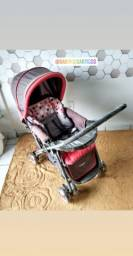 Carrinho de bebê Cosco unissex vermelho c/ cinza.