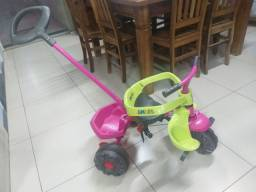 Triciclo Bandeirante base de ferro super novo 200,00