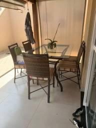 Mesa de Jantar 6 lugares + cadeiras