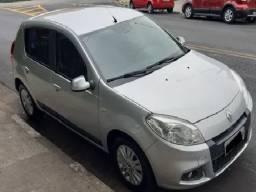 Renault Sandero 1.6 Priviligi ( Ano 2012 )