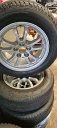 Jogo roda com pneus principais de Toyota Prius