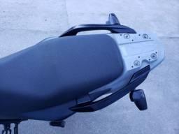 Falcon 400i