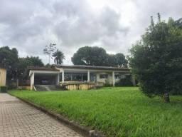 Casa com 6 quartos sendo 5 Suítes 330 m²
