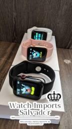 Lindo relógio SmartWatch iwo 2 foto na tela