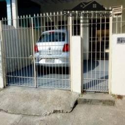 Alugo casa de dois pisos-Cidade Nova II
