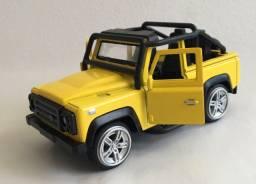 Miniatura LAND ROVER DEFENDER 90 - Soft Top