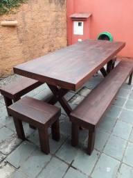 Mesa com bancos rústica - SOB ENCOMENDA
