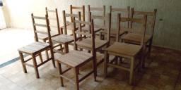 Lote de 10 cadeiras de madeiras