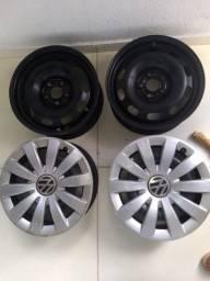 Jogo de roda de ferro com 4 carlotas original VW 5 furos