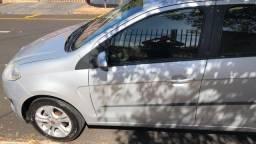 Novo palio essence 16v 1.6 flex