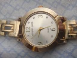 Relógio Michael kors nunca foi usado(novinho)