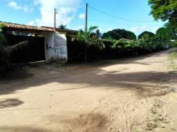 Vendo uma belíssima granja em aldeia, excelente para morar e investir